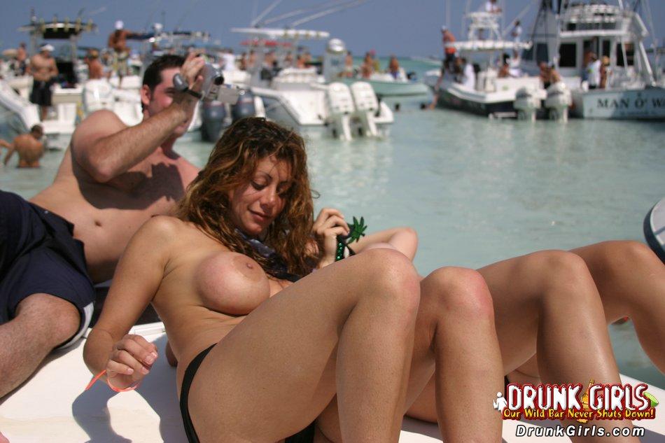 massivegalleries dg ws 0049 drunkgirls dot 08